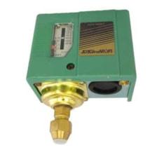 کلید کنترل اتوماتیک پمپ ساگی نامی مدل Sns-c110x